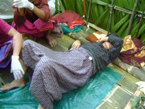 A Place Giving Birth Pictures From State A Giving Birth In Hiding Burned Homes Free Burma Rangers