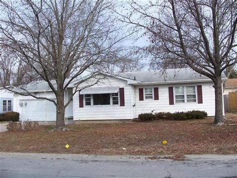 houses for sale mexico mo 1315 rosebud st mexico mo 65265 bank foreclosure info