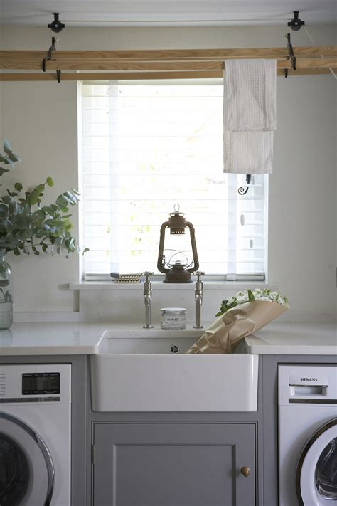 classic cottage kitchen confidential classic country kitchen