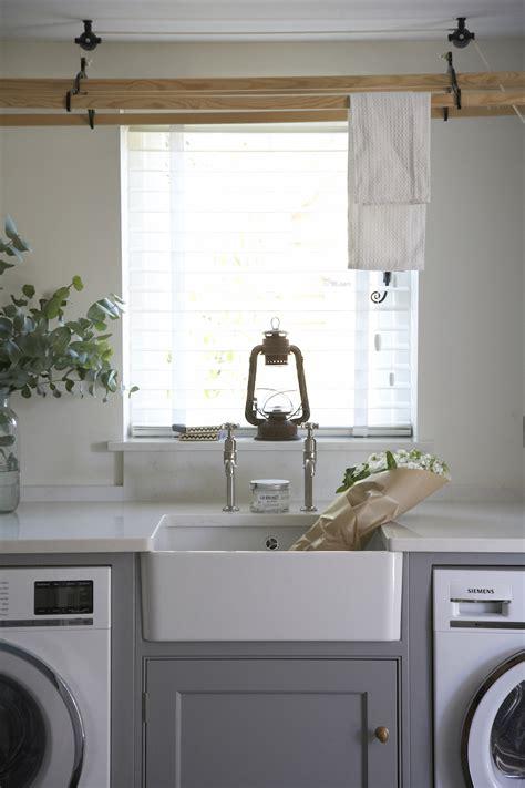 englische cottage kitchen kitchen confidential classic country kitchen
