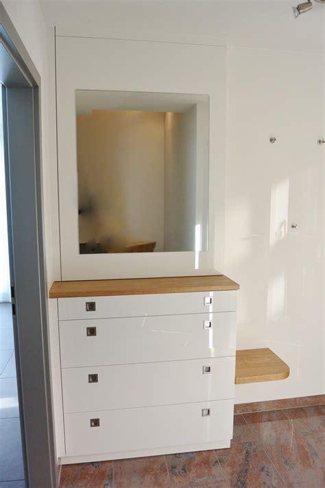 garderoben möbel ikea wandfarbe f 252 r graues sofa