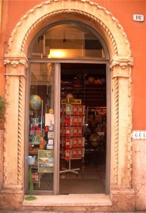 libreria europa verona gulliver libri per viaggiare verona italien omd 246