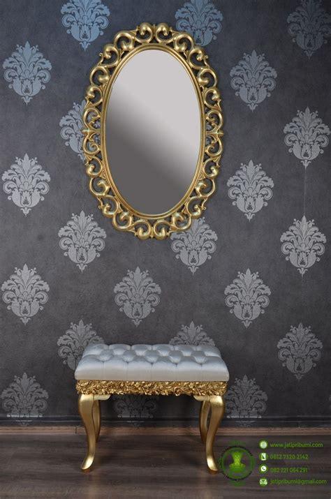 Cermin Oval cermin oval ukiran desain klasik puff jati pribumi