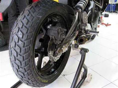 Motorradreifen Kawasaki Z750 by Pirelli Corsa Mt60rs Dual Sport Enduro Tires On A Kawasaki