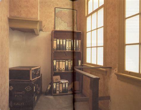 libreria degli uffici nascondiglio