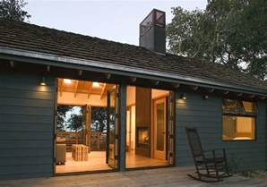 Dogtrot House A Modern Dogtrot With A Fireplace Indoor Outdoor