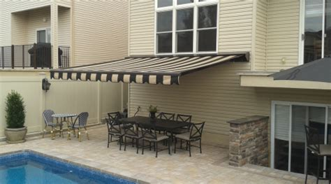 awnings staten island edge signs awnings in staten island ny 10306 silive com