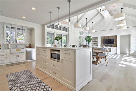 kitchen dining family room floor plans