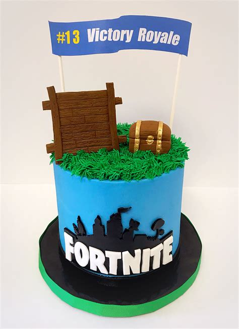 fortnite birthday cake fortnite cake sweet lia s cakes treats in 2019