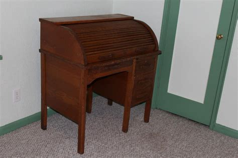 Oak Student Desk For Sale Classifieds Student Desk For Sale