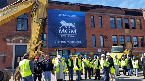 Mgm Resorts Mba Internships by Mass Top Casino Regulator Calls Mgm Springfield Design