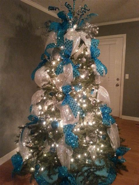 teal christmas tree lights 16 best images about christmas ideas on pinterest mesas