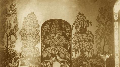 glamorous de gournay wallpaper  historic roots
