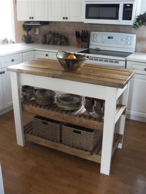 how to make a small kitchen island 25 best ideas about small kitchen islands on
