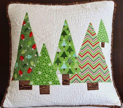 fabric crafts pillows 25 best ideas about pillow on