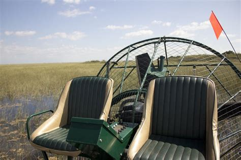 airboat rides in new orleans come tour the beautiful louisiana bayous with airboat