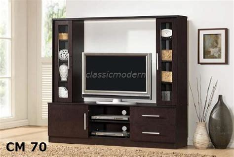 TV Stand/ Entertainment Cabinet   ClassicModern