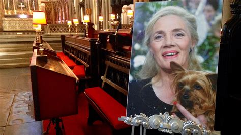 emmerdale cast emmerdale cast and crew to attend memorial service
