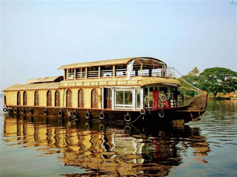 house boat at kollam delux 6 beds houseboat booking for 1 nights in kollam at