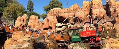 theme park insider join us for a theme park insider s birthday adventure