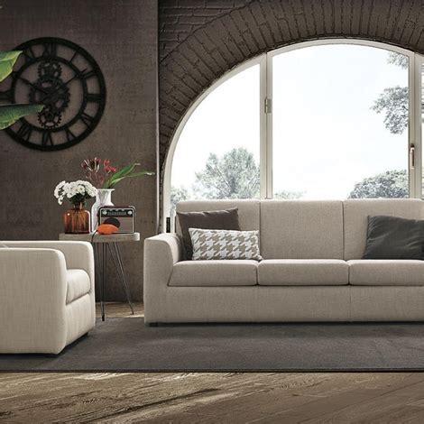 divano atlantic prezzo divano colombini modello atlantic divani a prezzi scontati