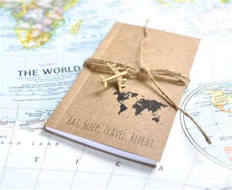 libro the travelers gift travelers notebook travel gift writing journal travel map