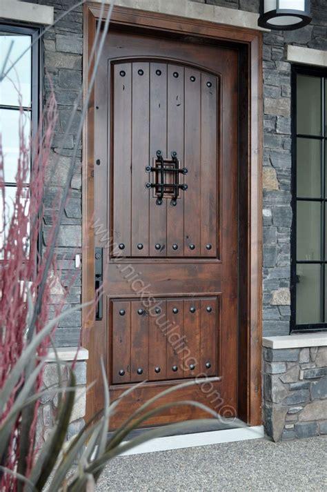 Barn Entry Door by Best 25 Rustic Doors Ideas On Rustic Cabinets