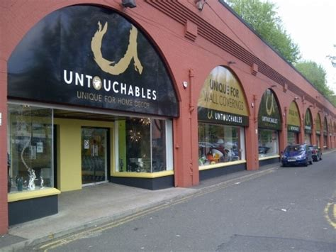 glitter wallpaper shops glasgow the untouchables in glasgow wallpapers the independent
