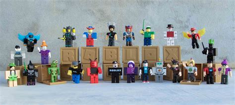 mystery figures series 2