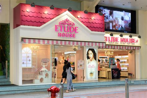 Store Etude House etude house opened its flagship store in seoul retail in