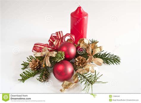 weihnachten in einer berghütte dekoration f 252 r weihnachten mit einer roten kerze