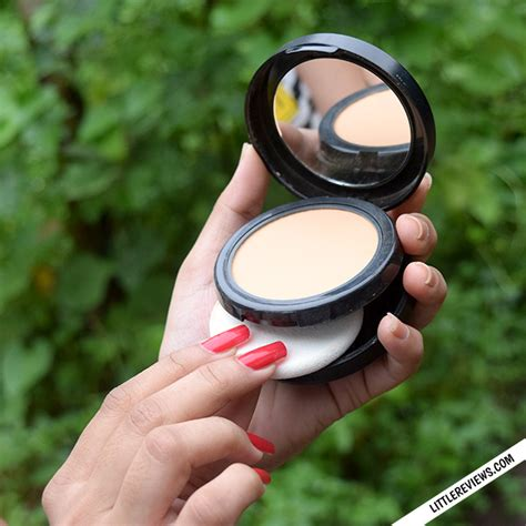 Nyx Powder Foundation nyx hydra touch powder foundation review