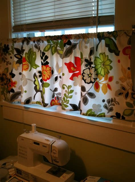Cafe Curtains For Kitchen Martha Stewart Cafe Curtains For Kitchen Martha Stewart Home Design Ideas
