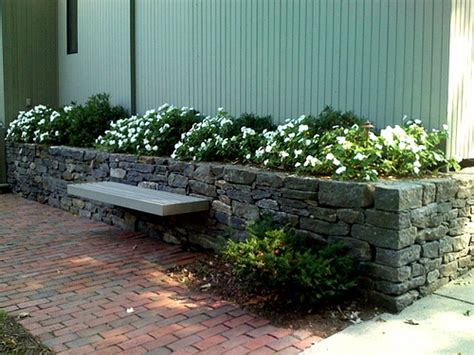 Backyard Landscaping Ideas Retaining Walls by Landscaping Ideas For Front Yard Front Yard Landscaping