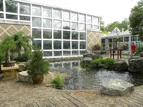 See Bee Inside изображение Franklin Park Conservatory Franklin Park Conservatory And Botanical Garden