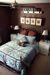 Ever growing brown and blue master bedroom ideas