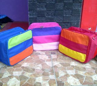 Rak Kosmetik Jogja hanging bag organizer with zipper hanging bag organizer