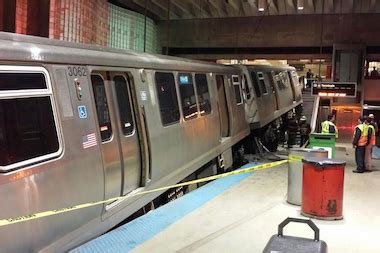 liveleakcom cta train derailment at chicago ohare cta moves to fire train operator in blue line o hare crash
