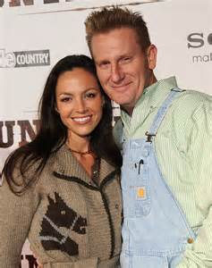 Joey feek dead at 40 from cervical cancer husband rory lee confirms