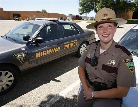 hair cts for female state troopers in conn sd highway patrol recruiting female troopers community