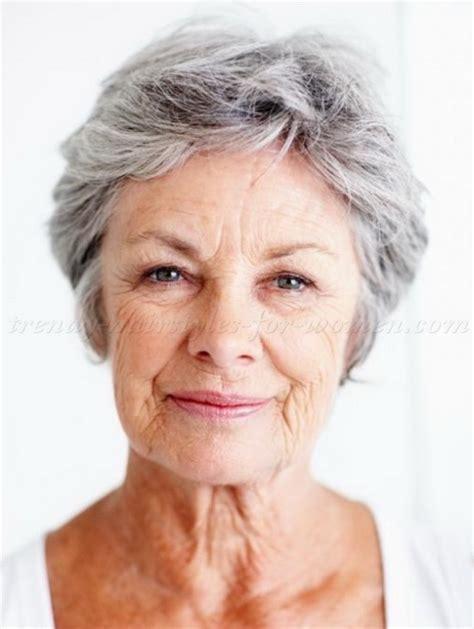 Short haircuts for elderly women