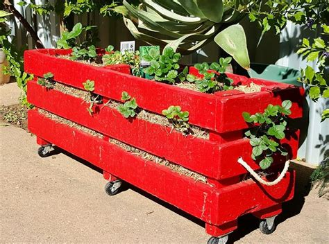 Wooden Strawberry Planter by Pallet Strawberry Planter 101 Pallet Ideas
