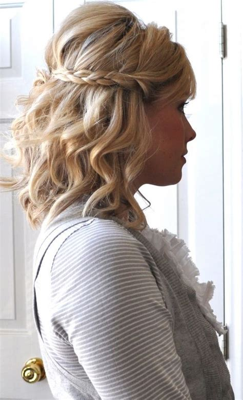 Updo With Volume Shoulder Length Hair | picture of a wavy half updo with a braid and volume on top