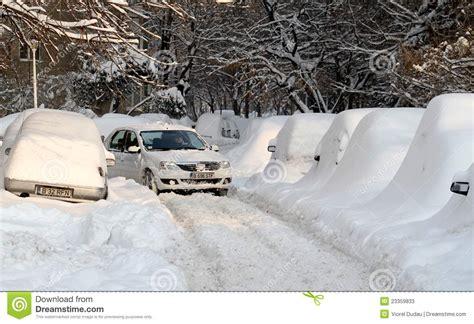 fotos rumania invierno nieve invierno extremo en rumania foto de archivo