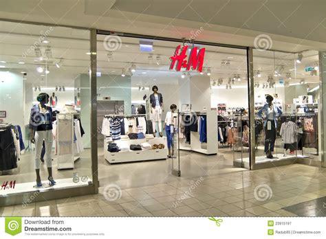 wann aktualisiert h m shop almac 233 n de h m fotograf 237 a editorial imagen 23915197