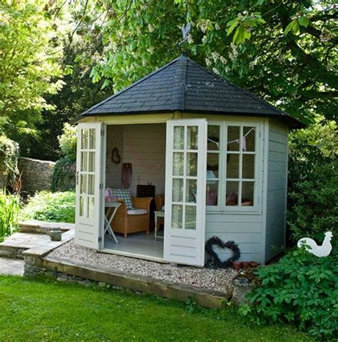 Small Summer House Shed by Best 25 Summerhouse Ideas Ideas On Garden