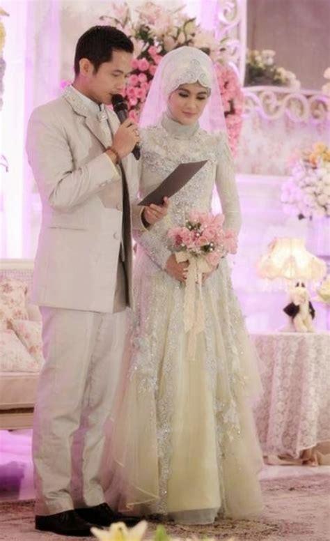 Baju Muslim Pengantin Busana Pengantin Moderen Hairstyle Gallery