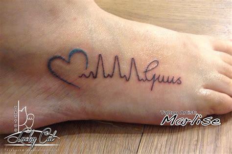 tattoo arm naam een lieve tatoeage met een echte hartslag http www