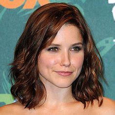 shoulder length hairstyles easy to maintain hair cut color on pinterest sophia bush hair color