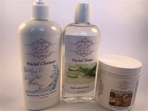 Toner Di Skin Care skin care package cleanser moisturizer toner normal